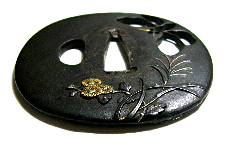 Tsuba made by a craftsman of The Nara School in Edo area